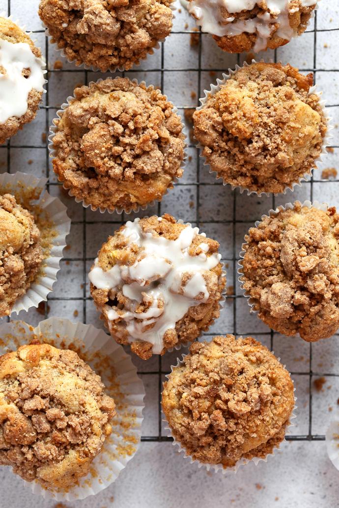 Cinnamon Streusel Apple Muffins via forkknifeswoon.com
