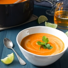 Spicy Carrot Curry Soup
