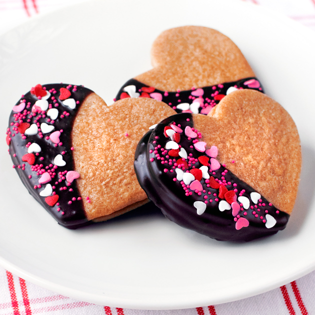 Chocolate Dipped Peanut Butter Sandwich Cookies - Fork Knife Swoon