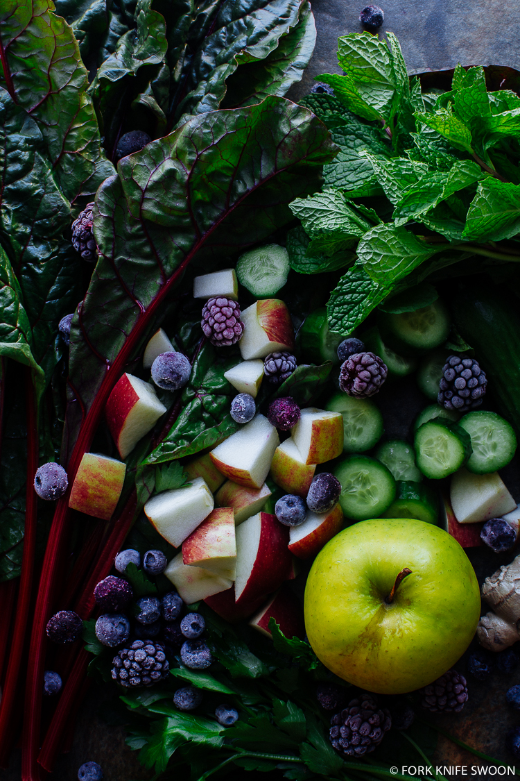 Superfood Green Juice | Fork Knife Swoon