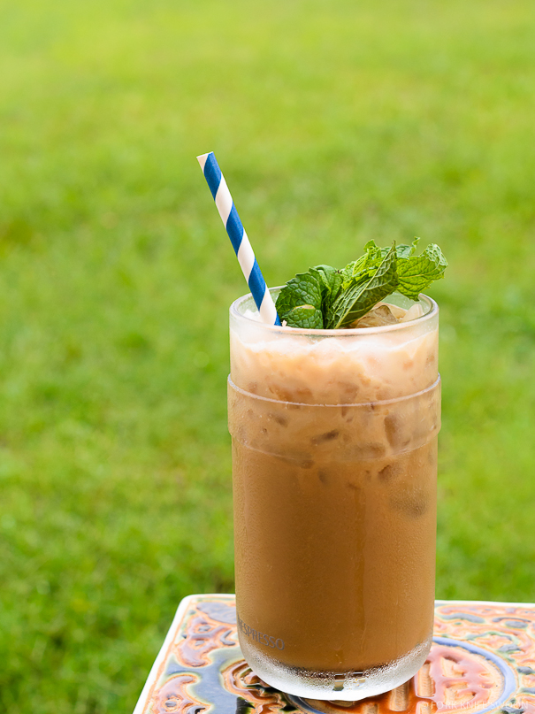 Minty Vanilla Coconut Iced Coffee | Fork Knife Swoon