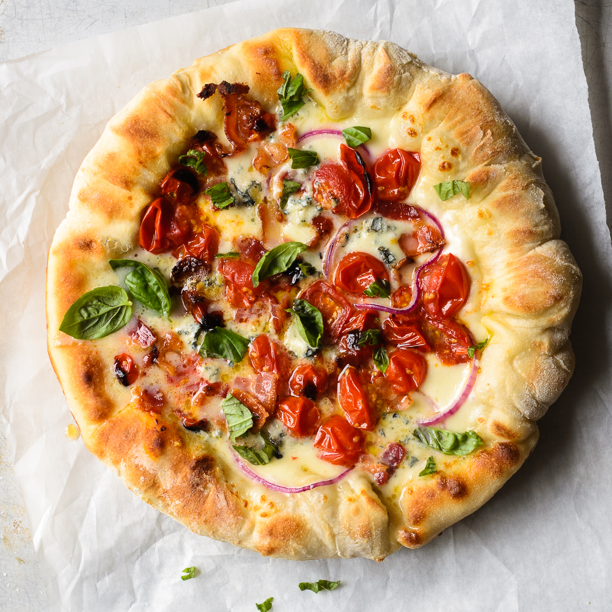 Tomato, Bacon and Blue Cheese Skillet Pizza | Fork Knife Swoon