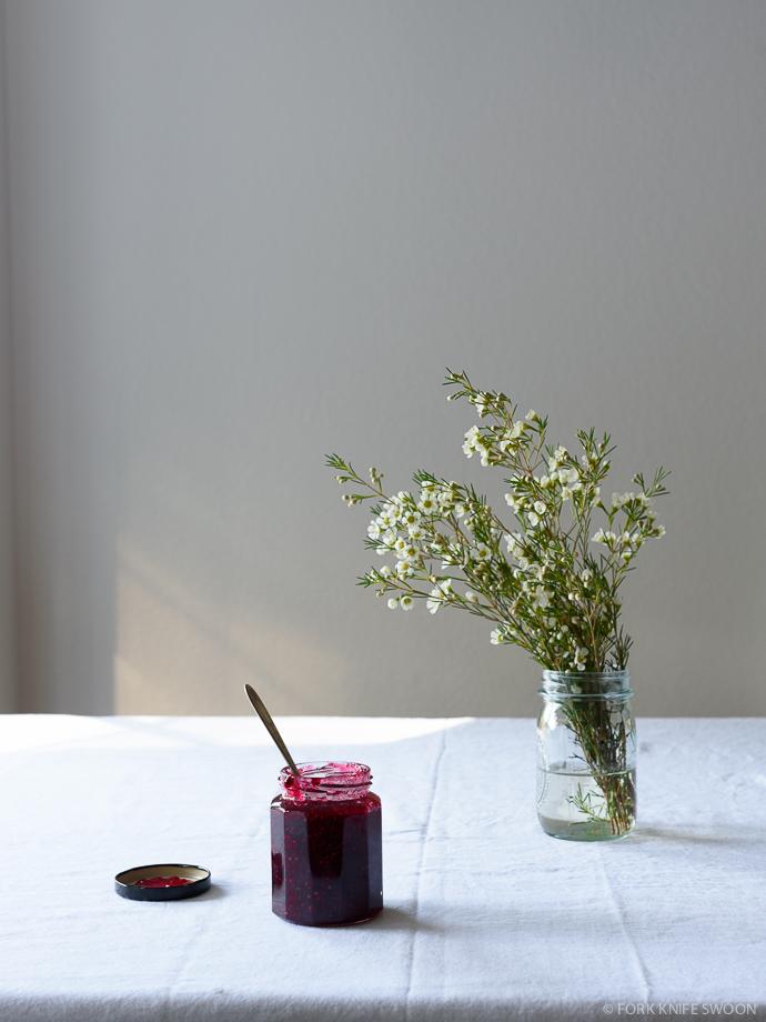 Brown Sugar Raspberry Jam Crumble Bars (Vegan Optional/Gluten Free Optional) | Fork Knife Swoon @forkknifeswoon