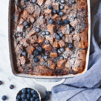 Baked Blueberry Bagel French Toast Casserole | Fork Knife Swoon @forkknifeswoon