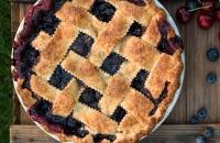 Classic Cherry Blueberry Pie via forkknifeswoon.com