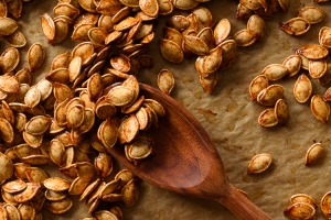 Sweet and Salty Roasted Brown Sugar Pumpkin Seeds via forkknifeswoon.com | @forkknifeswoon