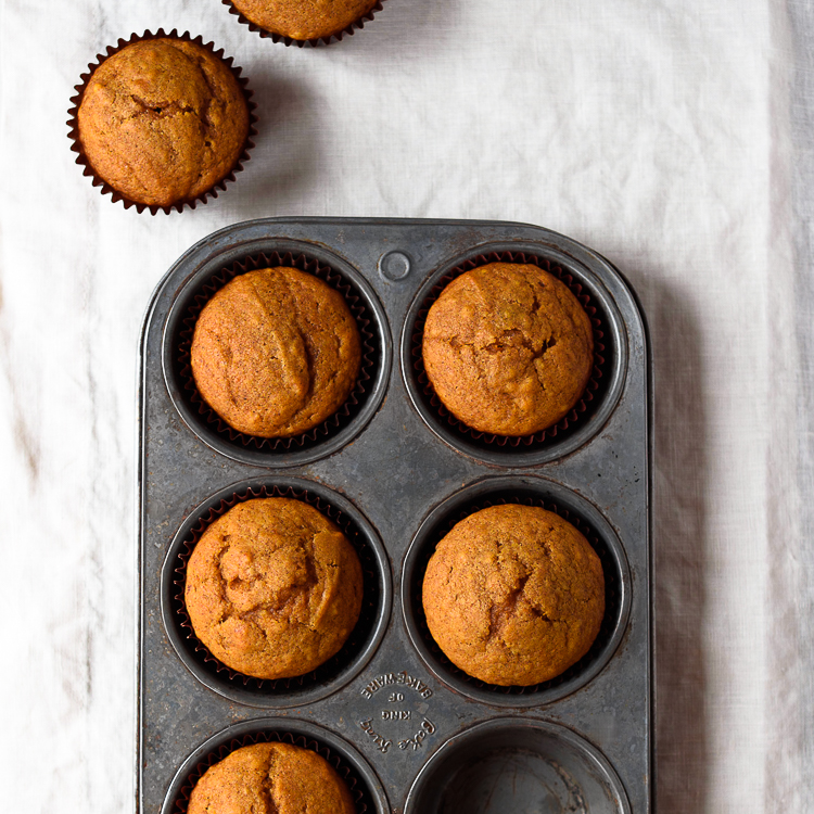 Easy Pumpkin Cornbread Muffins via forkknifeswoon.com @forkknifeswoon