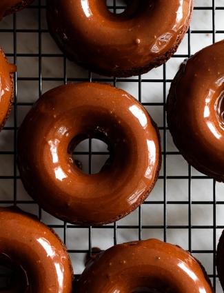 Heavenly Baked Chocolate Banana Doughnuts with an Espresso Chocolate Glaze via forkknifeswoon.com