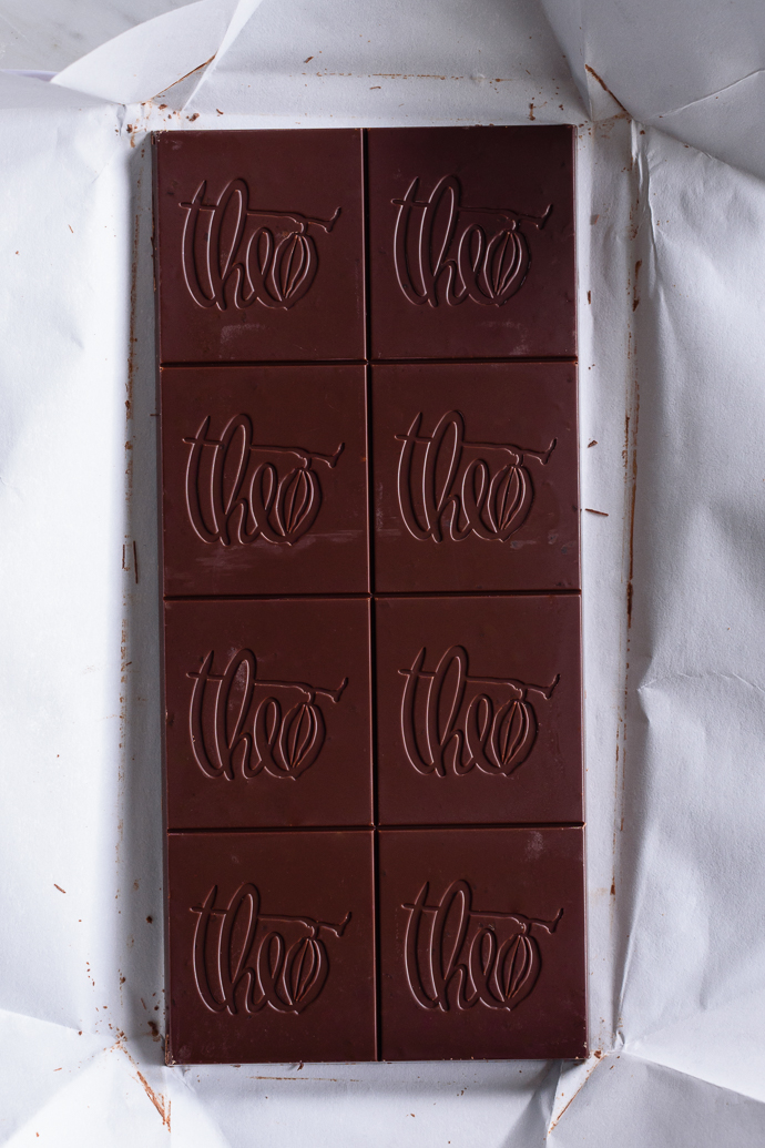 A Gourmet Chocolate Bar Giveaway for the Holidays! via forkknifeswoon.com