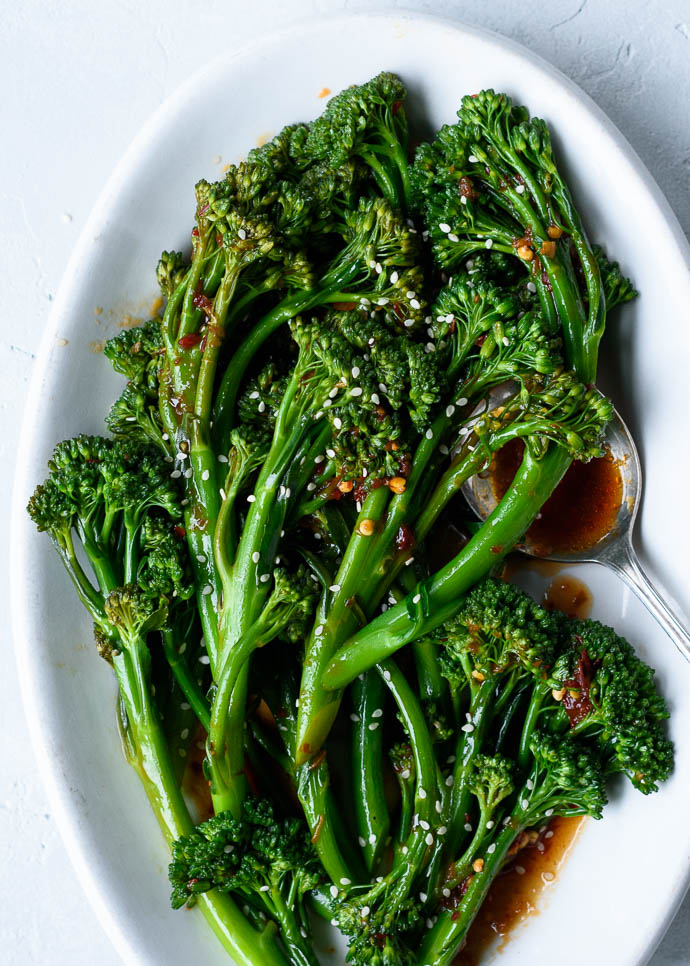 Spicy Sautéed Sesame Garlic Broccolini - Fork Knife Swoon