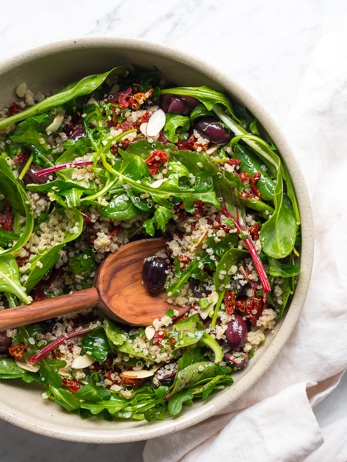 Healthy Mediterranean Quinoa Salad with Spring Greens via forkknifeswoon.com