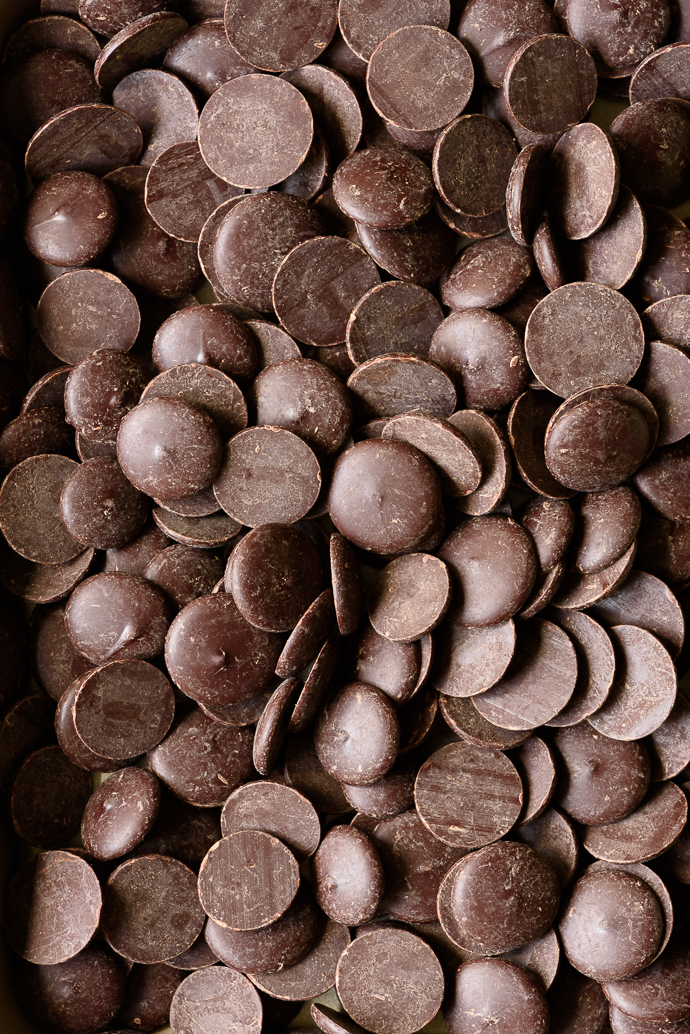 Crunchy Chocolate Peanut Butter Potato Chip Bonbons   via forkknifeswoon.com