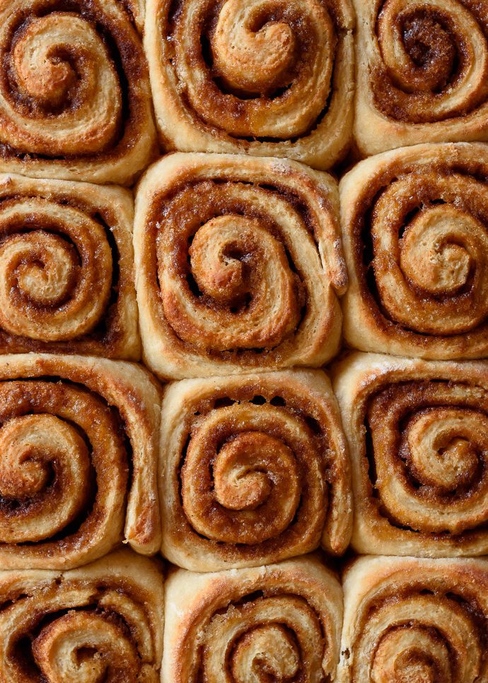Apple Cider Cinnamon Rolls from forkknifeswoon.com
