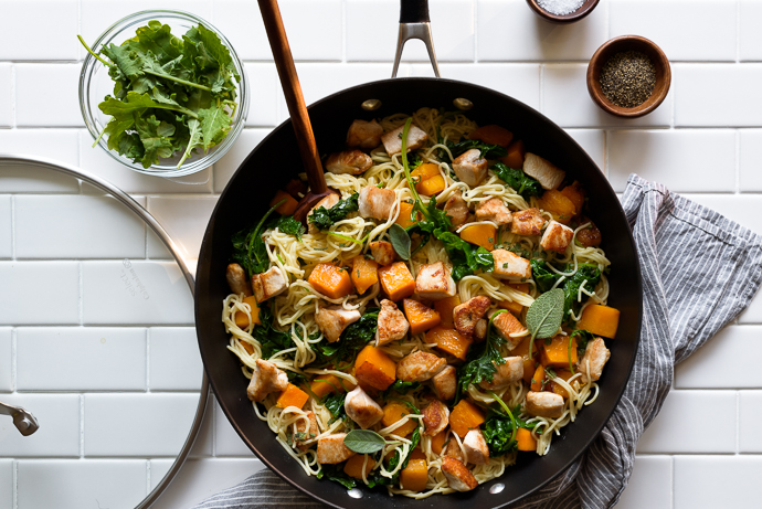 Easy Maple Butternut Squash and Chicken Pasta with Kale | via forkknifeswoon.com @forkknifeswoon