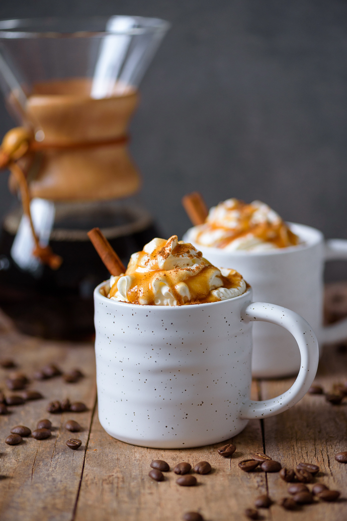 Homemade Cinnamon-Spiced Caramel Lattes via forkknifeswoon.com | @forkknifeswoon