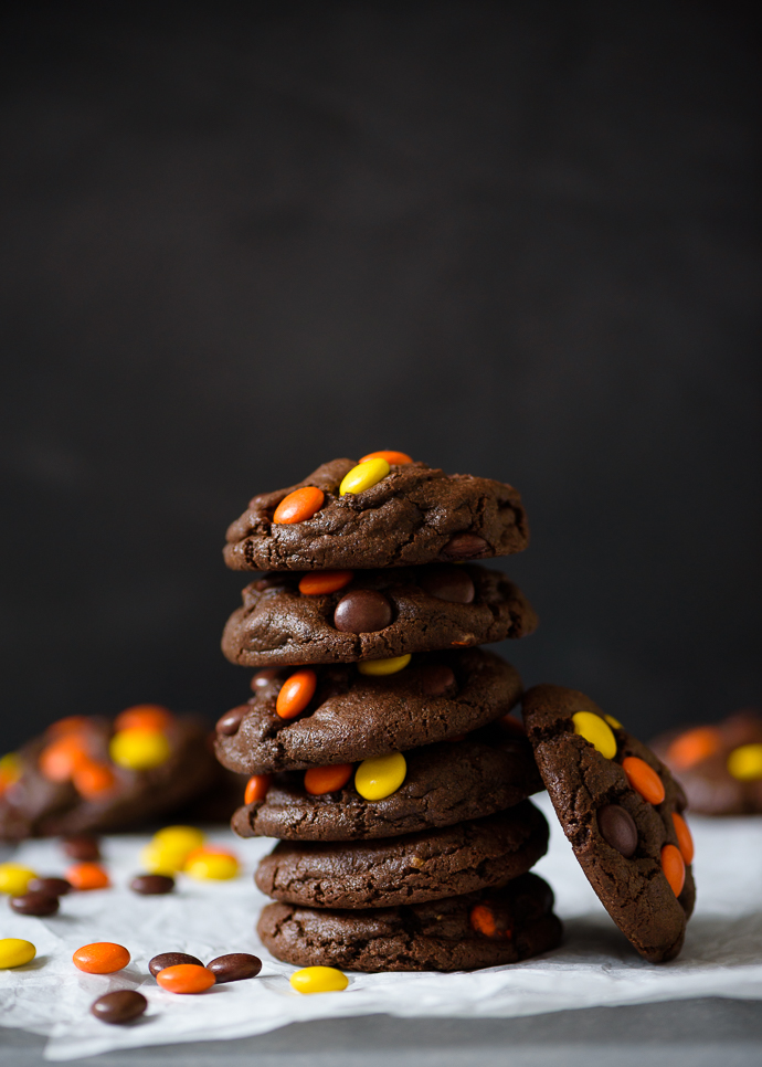 Reese's Pieces Studded Dark Chocolate Peanut Butter Cookies via forkknifeswoon.com | @forkknifeswoon