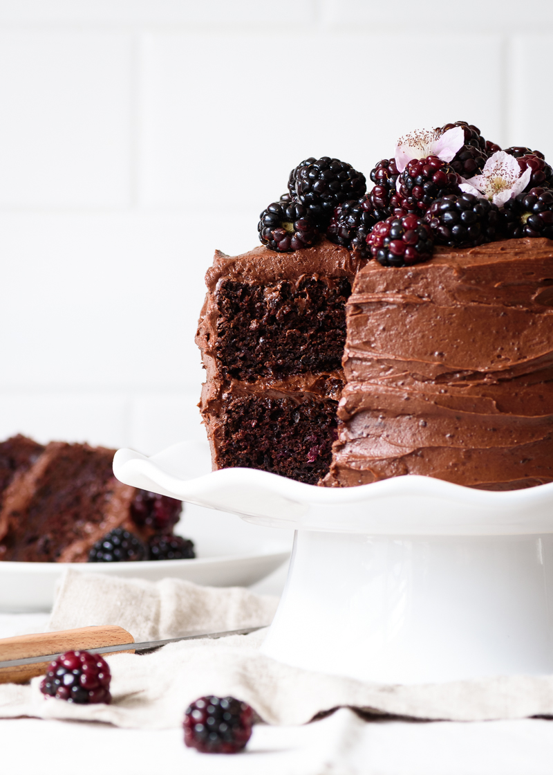 Blackberry Chocolate Cake with Blackberry Chocolate Buttercream Frosting via forkknifeswoon.com | @forkknifeswoon