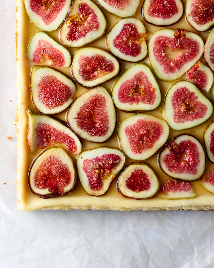 Goat Cheese Cheesecake Bars with Figs and Honey via forkknifeswoon.com