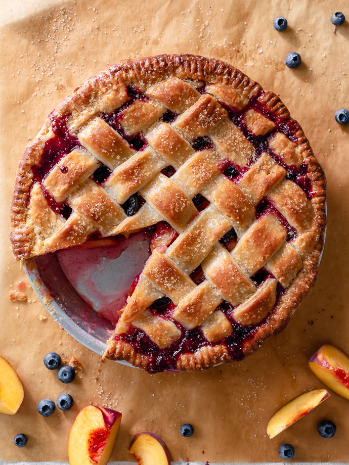 Blueberry Ginger Peach Pie via forkknifeswoon.com