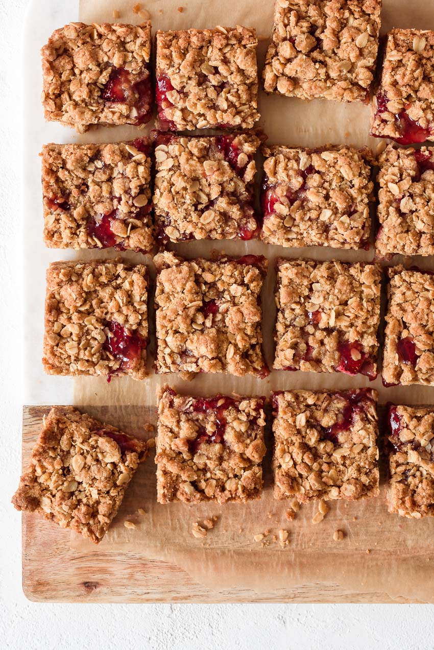 strawberry jam crumble bars from forkknifeswoon.com